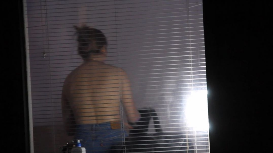College Window 12f