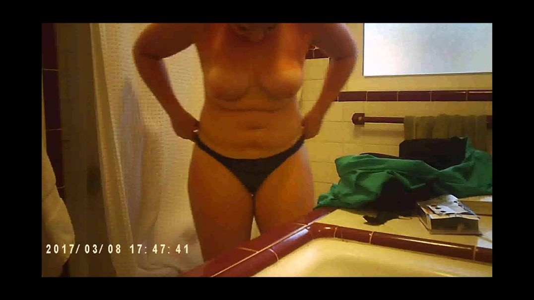 Spying on Chubby Sister 3
