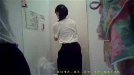 japanese fitting room 4